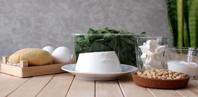 Домашний рецепт: киш с рикоттой и шпинатом