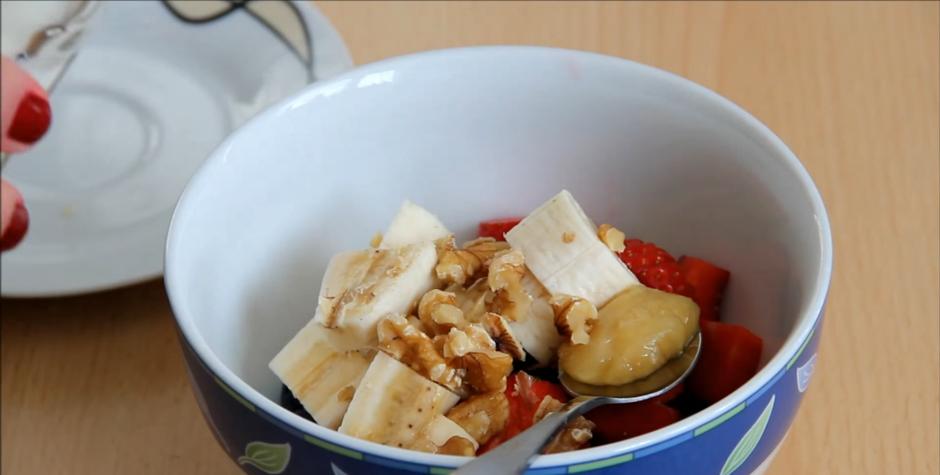 Домашний рецепт полезной и быстрой овсянки к завтраку
