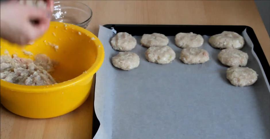 Домашний рецепт полезных котлет без жарки