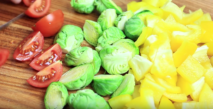 Домашний рецепт овощного рагу с курицей