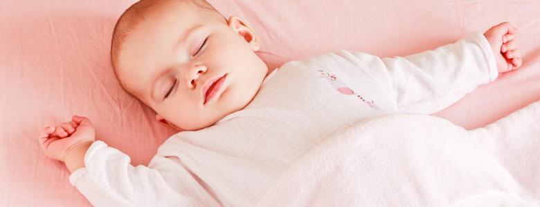 Все еще слишком много младенцев спят на животиках исследование